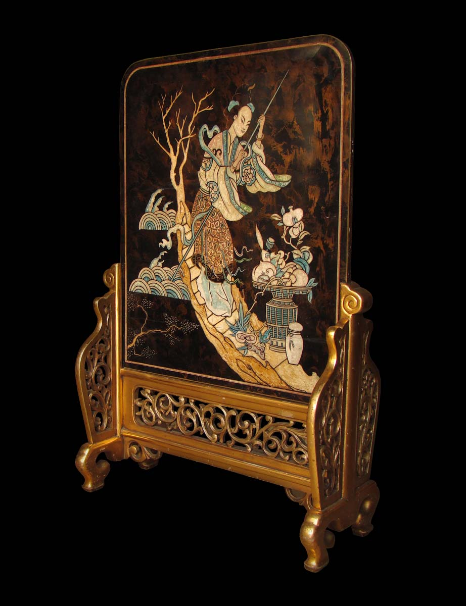 japanese-lacquer-and-giltwood-paravent