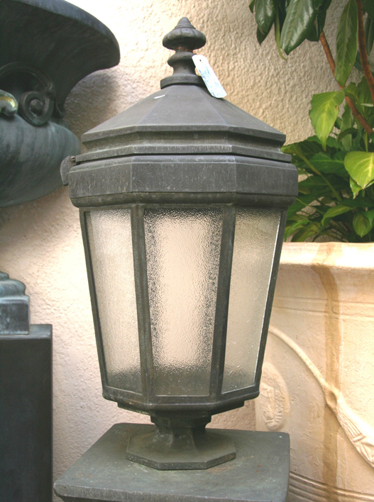 Duntroon Post Mounted Bronze Lamp